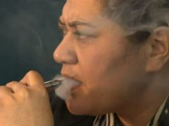 Woman Vapes to Stop Smoking