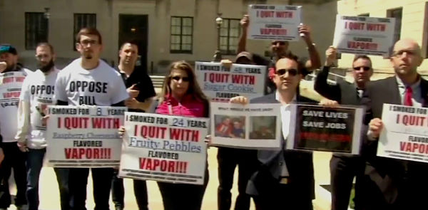 Vapers in New Jersey Protest Against Ban on Flavoured e-liquid